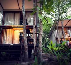 Away Koh Kood Resort 1