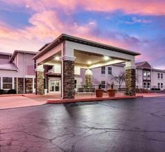 Comfort Inn & Suites Junction City - near Fort Riley 1