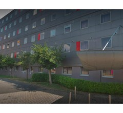 Standing Hotel Suites by Actisource 1