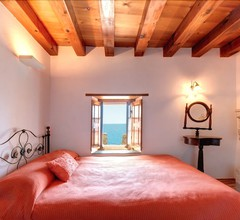 Malvasia Traditional Hotel 1