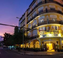 Le Grand Palais Boutique Hotel 1