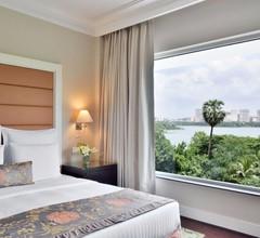 Lakeside Chalet Mumbai - Marriott Executive Apartments 2