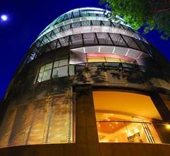 D'Hotel Singapore 1