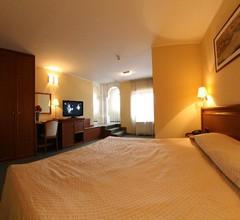 Savoy Hotel 2