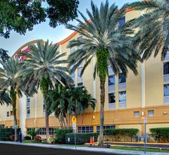 Hampton Inn Miami-Coconut Grove/Coral Gables 1