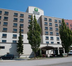 Holiday Inn Express Vancouver Airport-Richmond 2