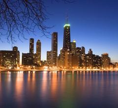W Chicago - Lakeshore 2