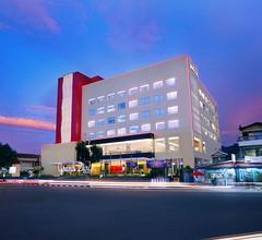 Grand Zuri Hotel Padang 2