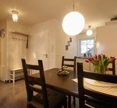 Ferienwohnung Alina (DE Saaldorf-Surheim). ***Ferienwohnung 45 qm mit 1 separatem Schlafzimmer 1