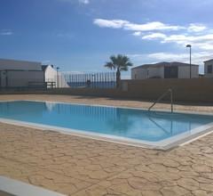 Sunny Ocean View Apartment 2