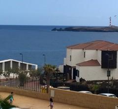 Sunny Ocean View Apartment 1