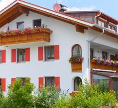 Großzügige, einladende Ferienwohnung bei Füssen im Allgäu, Nähe Schloss Neuschwanstein, DSL (WLAN) incl 1