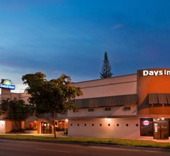 Days Inn by Wyndham Miami Airport North 1