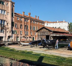 Ca' Sant'Angelo apartments 2