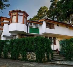 Guest House Cheshmeto 1