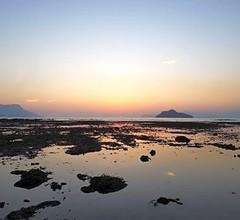 SUNSET BAY COTTAGE 1