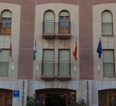 Hotel Los Arcos 2
