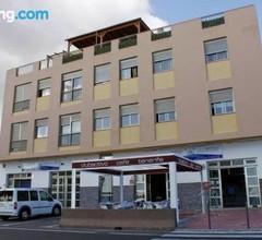 Club Activo Hostel 1