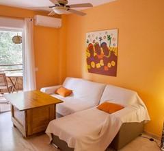 Apartamento con encanto junto a la playa y en el centro del pueblo 1