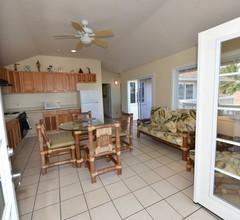 Waimanalo Beach Cottages 1