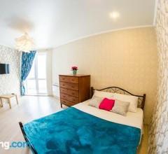 Apartment on Uchebnaya 20 1