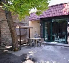 Retro Hostel 1