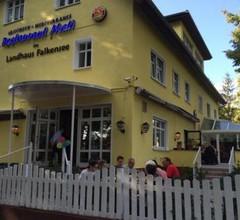 Hotel Mati im Landhaus Falkensee 1