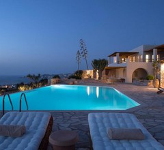 Mythic Exclusive Retreat - Adults Only 1