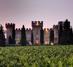 Chateau Des Fines Roches 2