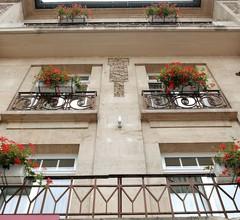 Hôtel Perrin (former Carlton) 2
