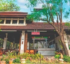 Tak Andaman Resort & Hotel 1