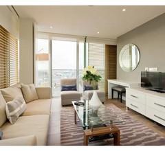 Grand Canal Quay Apartment 1
