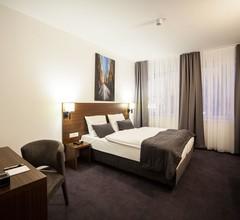 LivInn Hotel 2