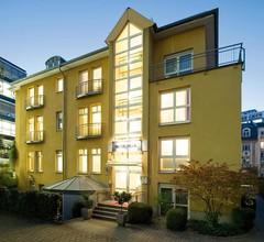 NH Frankfurt Villa 1