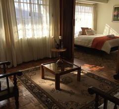 Papucho's Guest House 1