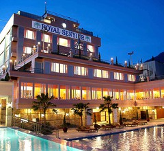 Royal Senyiur Hotel Pasuruan 1