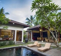 Ubud Raya Hotel 1