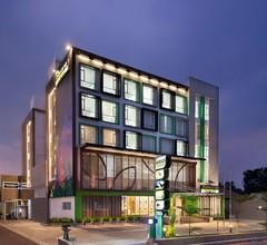 Maxonehotels At Belstar Belitung 1