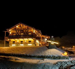 Alpine Mountain Chalet 2