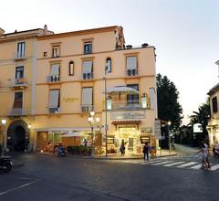 La Piazzetta Guest House 2