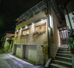 Guest House Ćiro 1