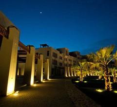 Le Sifah Resort Apartments 2