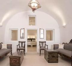 Dimitrios cave house 2