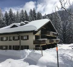Apartment 12 Ginseng Davos Laret 1