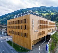 Explorer Hotel Zillertal 2