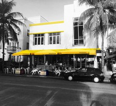 Miami Party Hostel 2