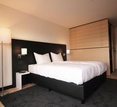 LH Hotel 1