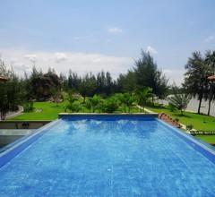 Holiday Villa Pantai Indah 2