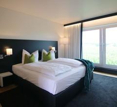 LH Hotel 2