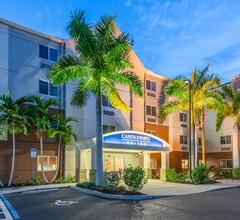 Candlewood Suites Fort Myers Sanibel Gateway 2